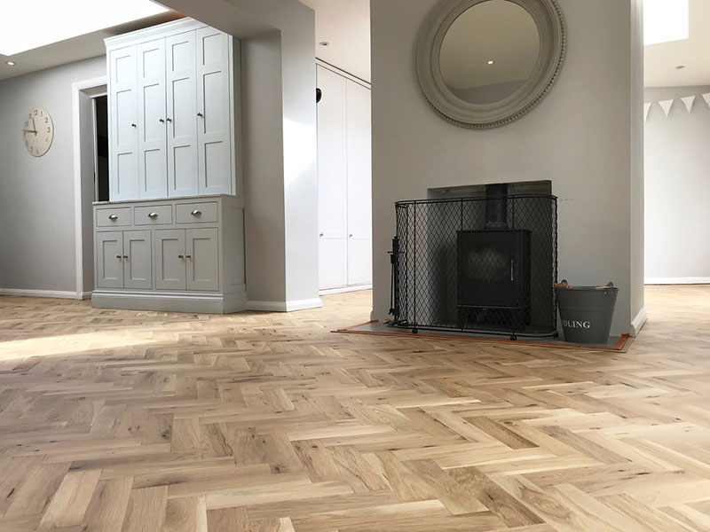 Solid oak parquet floor in herringbone pattern renovation